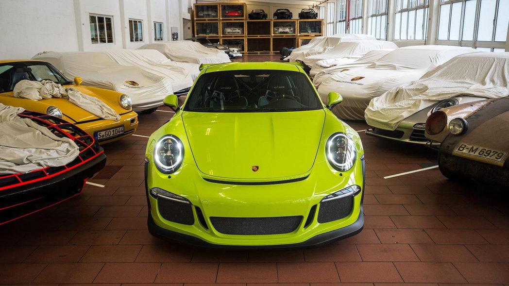 Porsche GT3 RS limonka 3