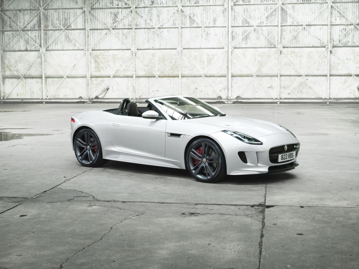 Jaguar F-TYPE British Design Edition 4